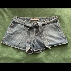 Old Navy Low Rise Tie-Up Denim Shorts
